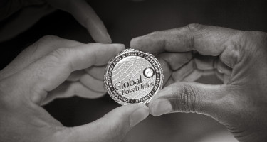 hands-holding-coin